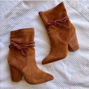 New[Urban Outfitters] Brown Suede Slouchy Booties